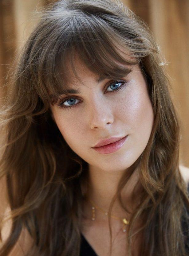 Balistarz-model-Jacqueline-Graba-headshot-portrait