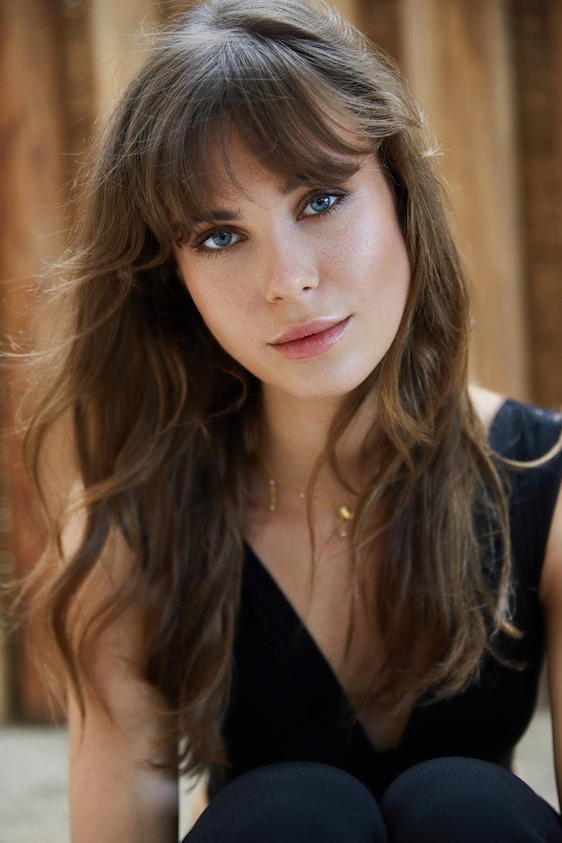Balistarz-model-Jacqueline-Graba-by-Saskia-Koerner-headshot