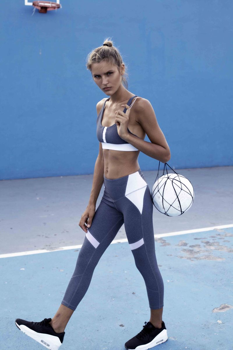 Balistarz-model-Anastasia-Bluemoloko-sporty-outfits-for-active-lifestyle