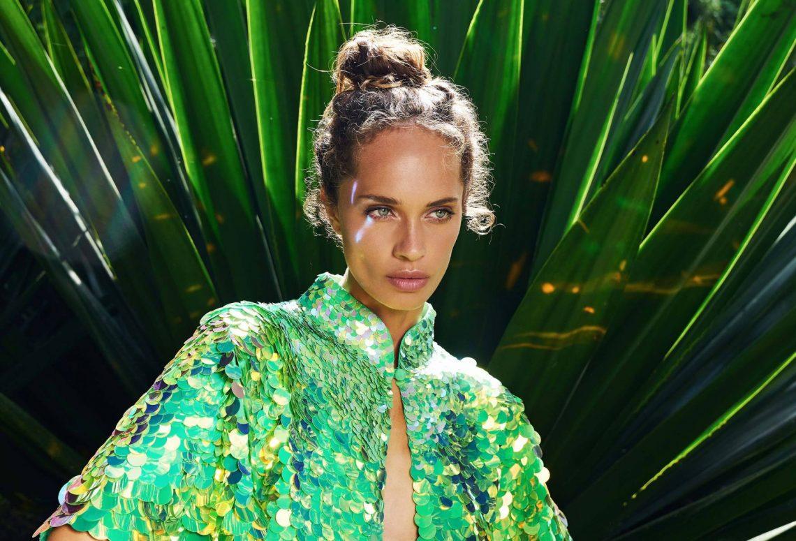 Balistarz-model-Anastasia-Yakhnina-portrait-shoot-for-Rosa-Bloom-Eclipse