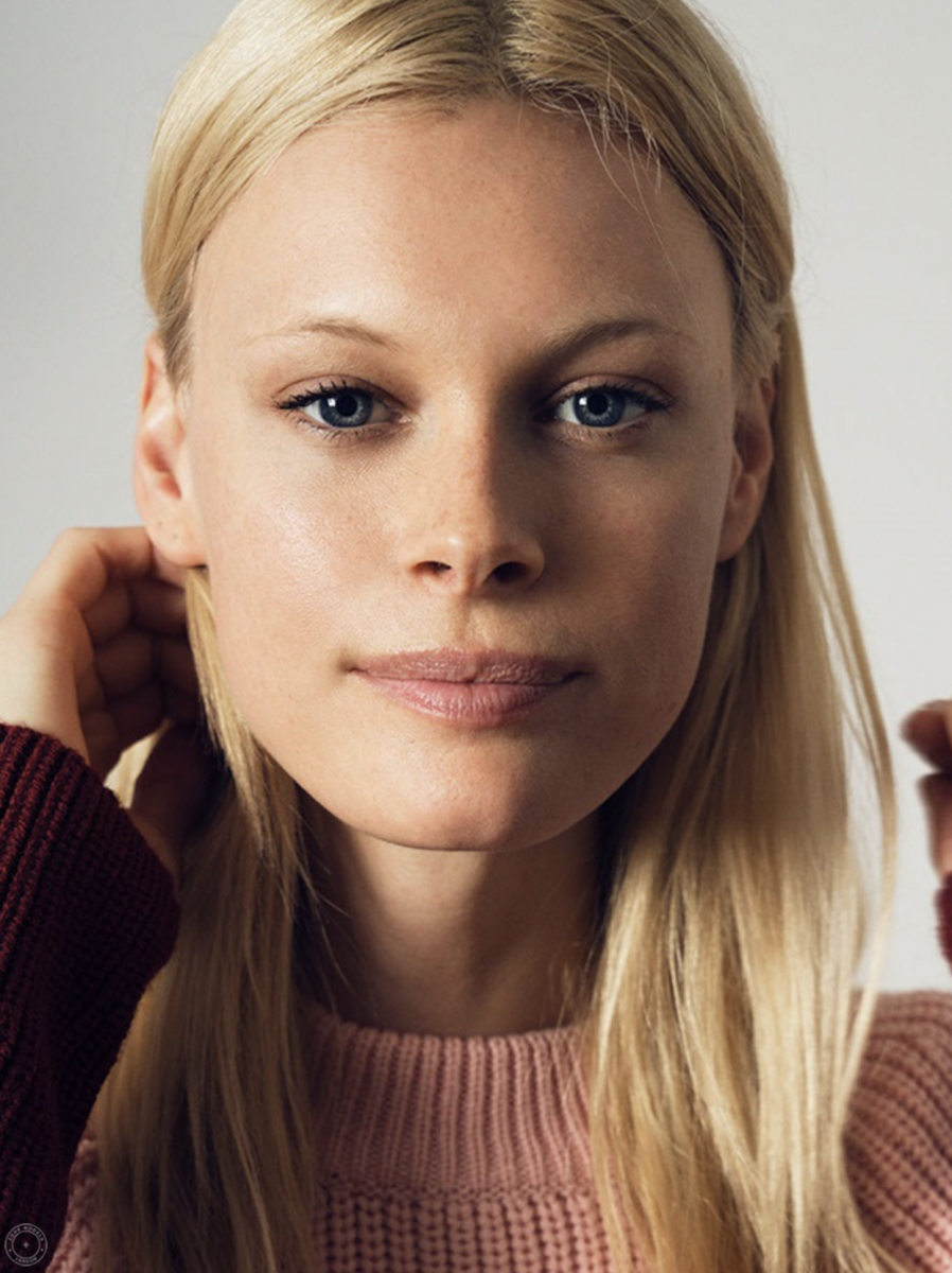 Balistarz-model-anna-Hudson-beauty-headshot-portrait
