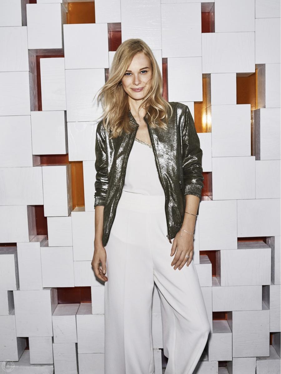 Balistarz-model-anna-Hudson-casual-fashion-look