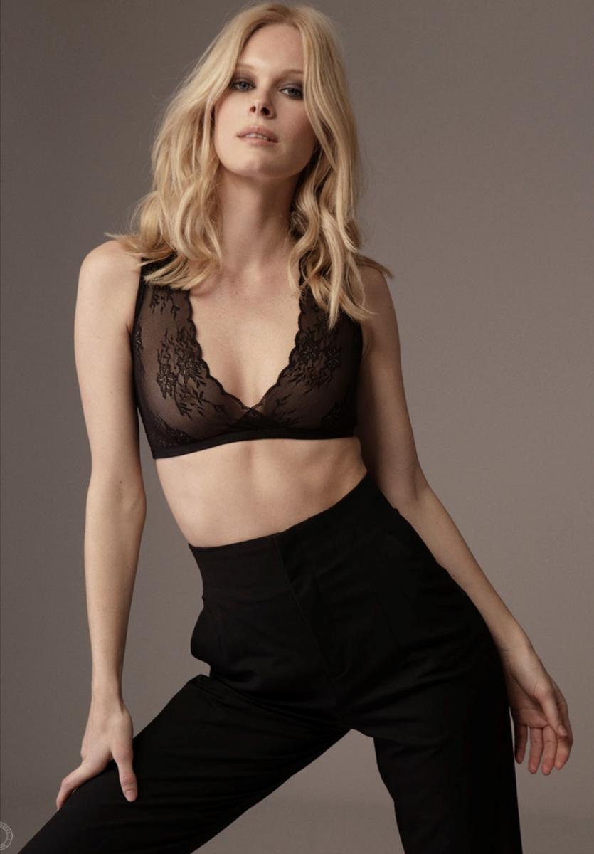 Balistarz-model-Anna-Hudson-beauty-shot-wrapped-in-sexy-black