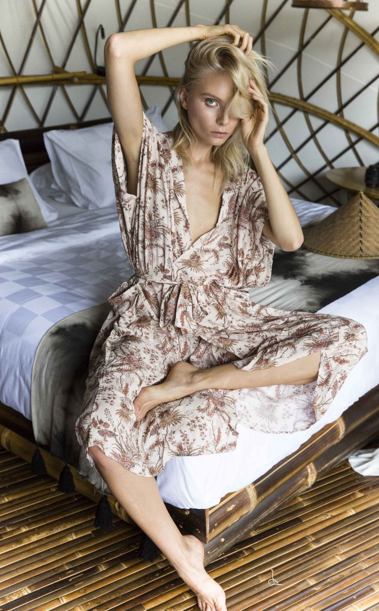 Balistarz-model-Aspen-Gerasimov-feeling-comfortable-in-the-bed-room-wearing-casual-dress