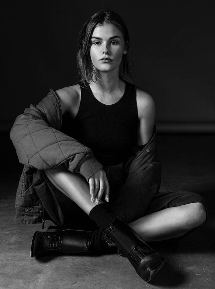 Balistarz-model-Brielle-Birkholm-portrait-black-white-shoot-casual-wear