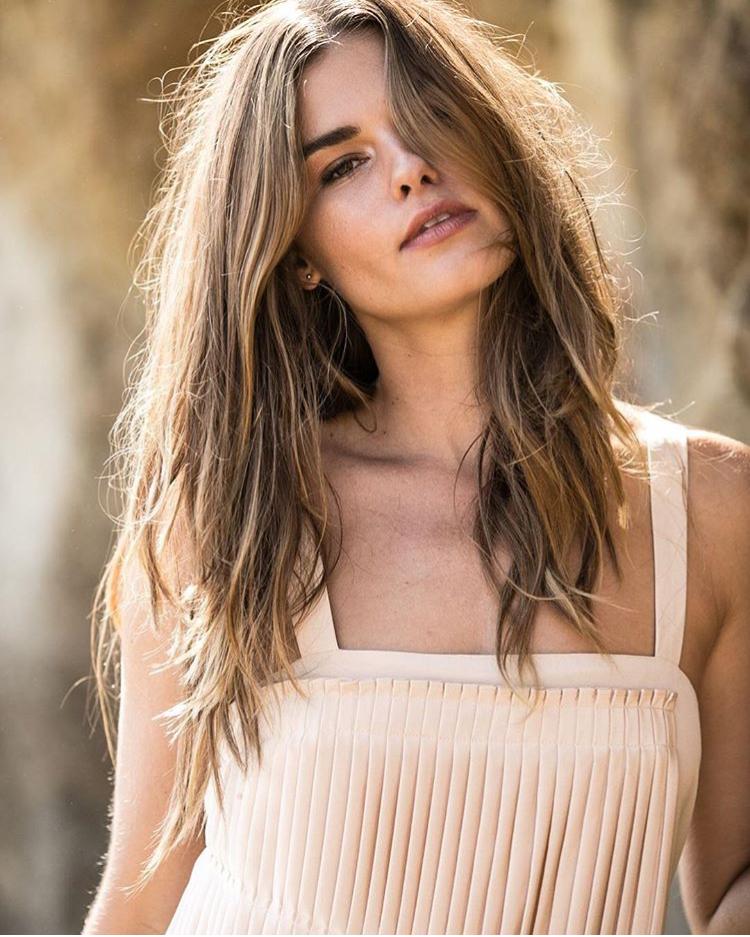 Balistarz-model-Brielle-Birkholm-sunnny-profile-shoot-white-top