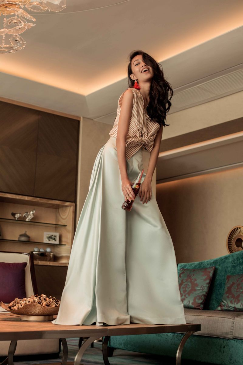 Balistarz-model-Claudia-Maretha-glamour-fashion-shot-wearing-a-elegant-long-dress