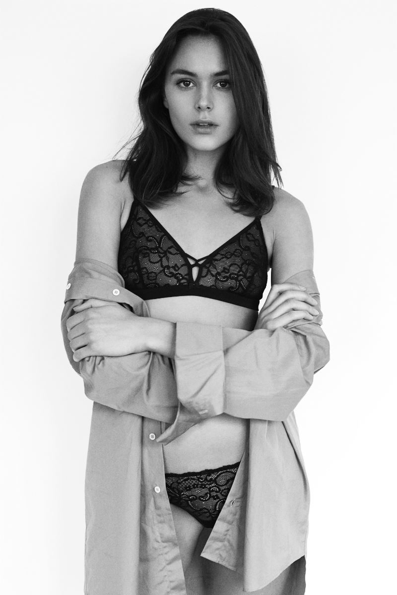 Balistarz-model-Diana-Mihaila-black-and-white-portrait-shoot-in-lingerie-and-a-jacket