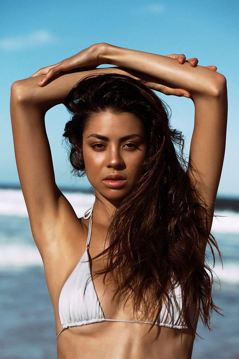 Balistarz-model-Eileen-Cassidy-headshot-white-bikini-beach