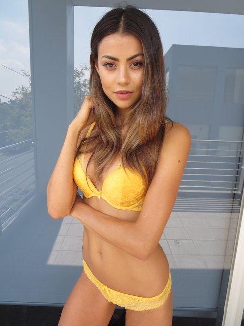 Balistarz-model-Eileen-Cassidy-digis-24