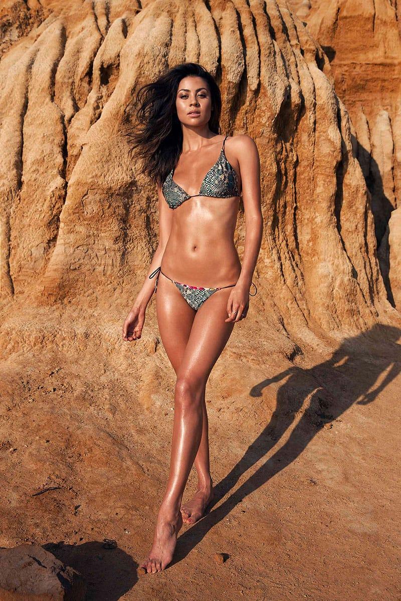 Balistarz-model-Eileen-Cassidy-bikini-shot-on-the-beach