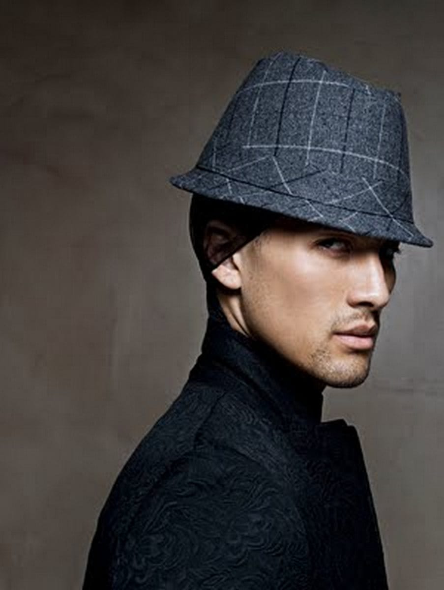 Balistarz-model-Emile-Steenveld-stylish-portrait-swearing-black-dress-and-cool-hat