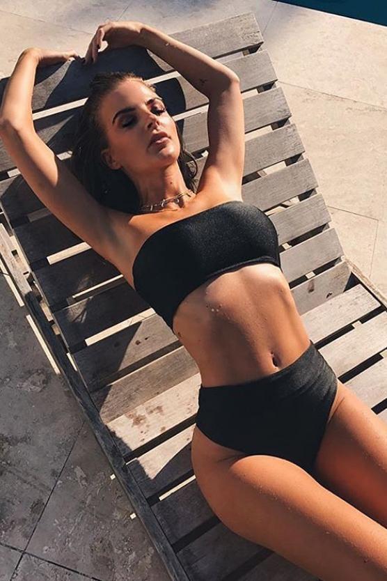 Balistarz-model-Emma-Jane-portrait-shoot-laying-on-a-chair-in-black-bikini