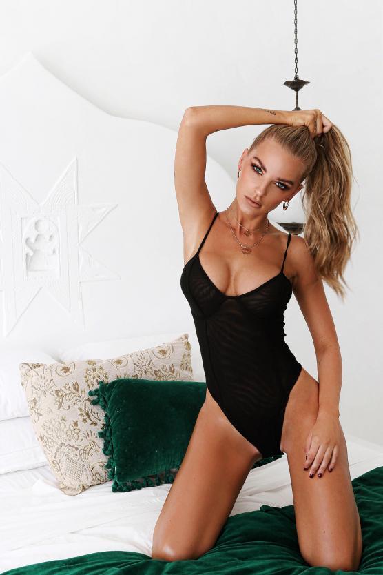 Balistarz-model-Emma-Jane-portrait-shoot-in-a-black-tankini-in-bed