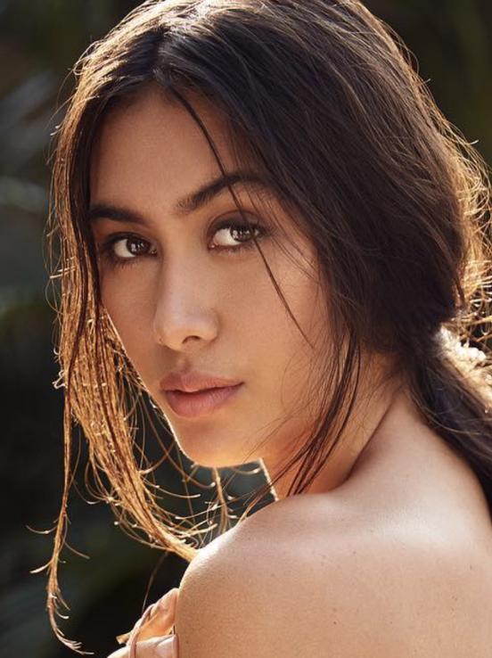 Balistarz-model-Eva-Kandra-headshot-shoot