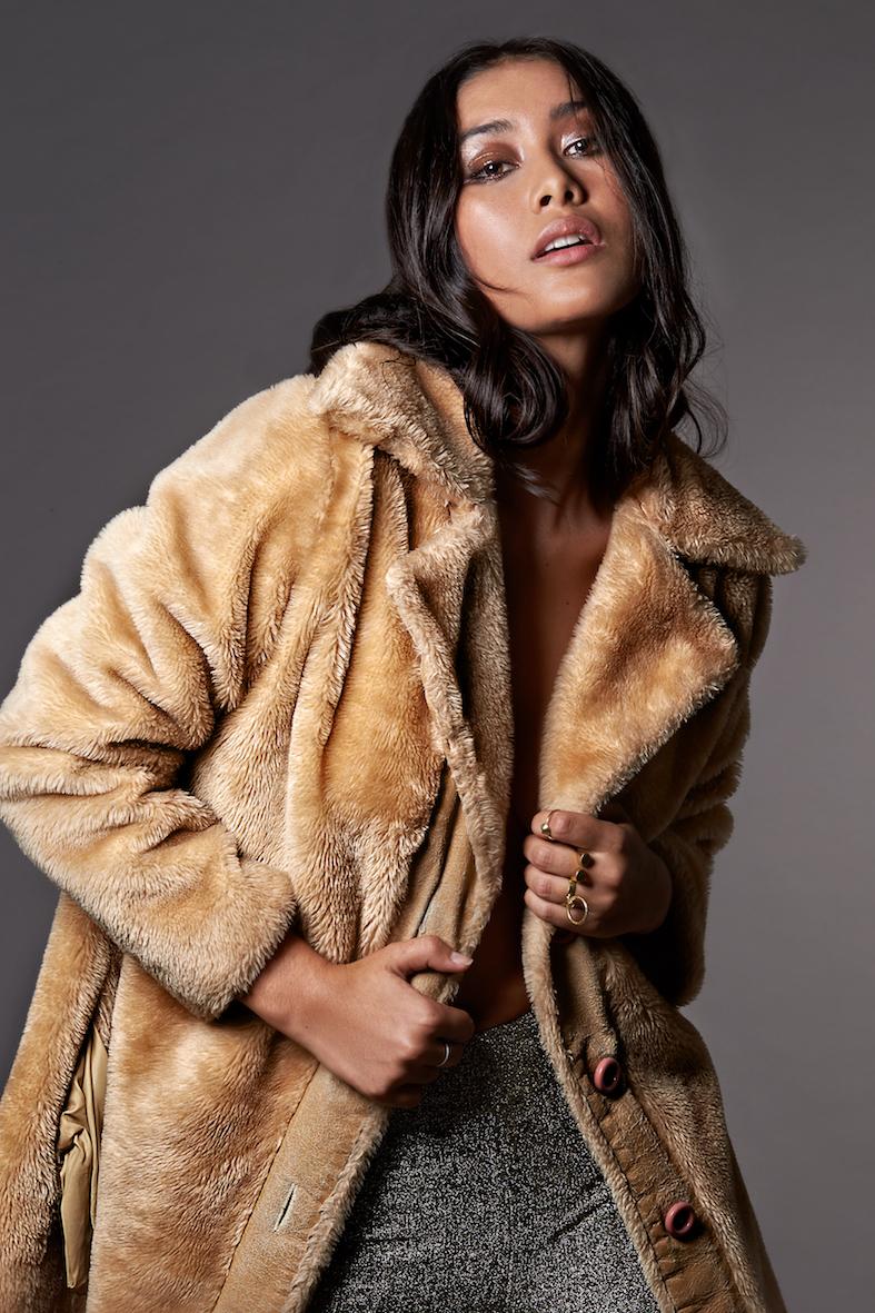 Balistarz-model-eva-kandra-beauty-shoot-wearing-brown-wool-jacket
