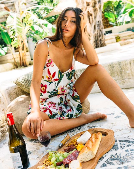 Balistarz-model-eva-kandra-lifestyle-shot-food-and-wine