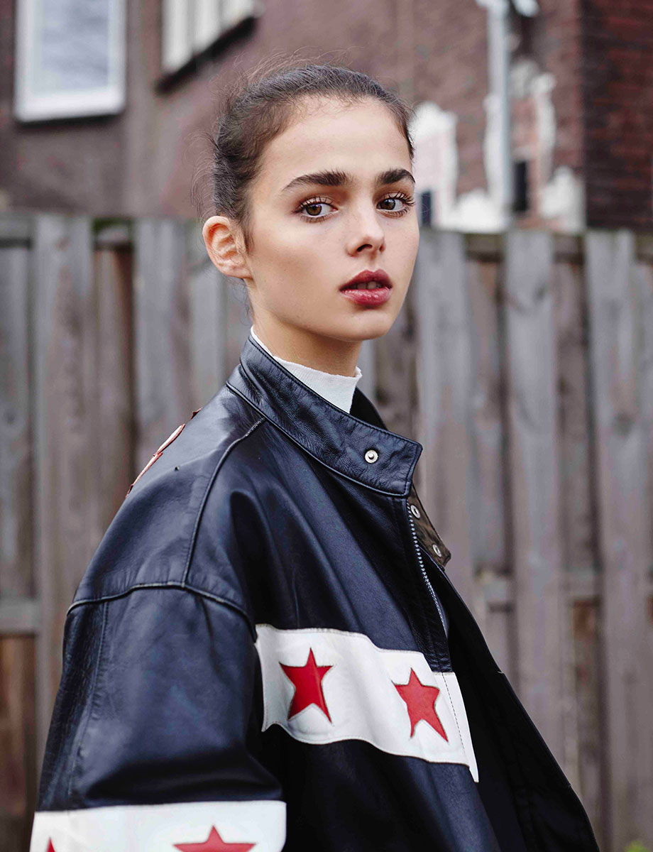 Balistarz-model-Famke-Van-Hagen-stylish-fashion-with-stars-jacket