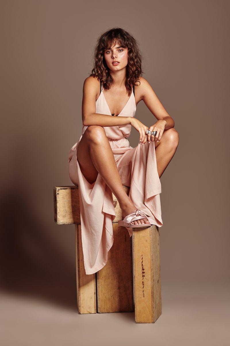 Balistarz-model-Famke-Van-Hagen-fashion-shoot-wearing-pink-dress