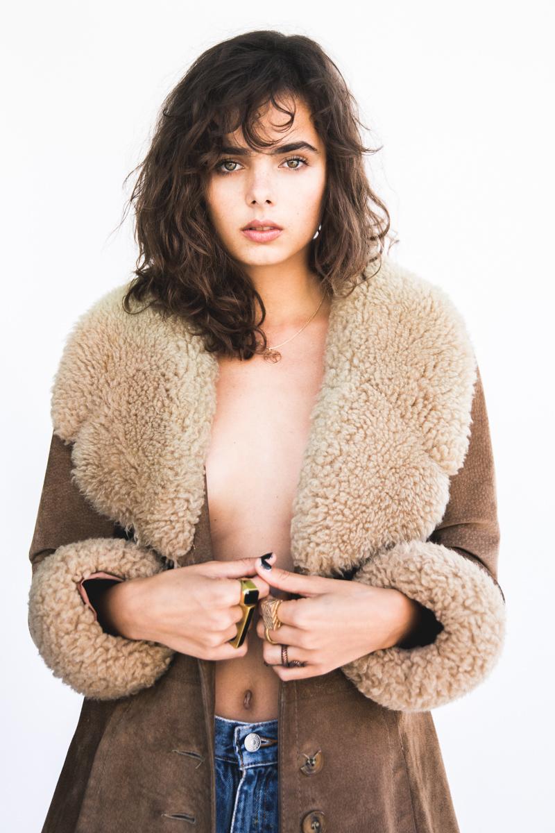 Balistarz-model-Famke-Van-Hagen-studio-portrait-wearing-brown-wool-coat