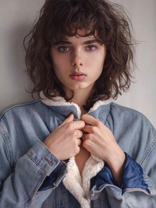 Balistarz-model-Famke-Van-Hagen-casual-portrait