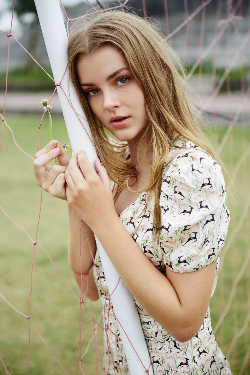 Balistarz-model-India-Rose-casual