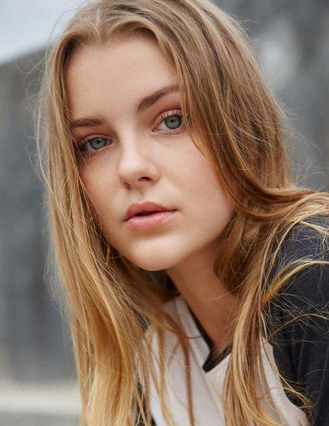 Balistarz-model-India-Rose-young-talented-bali-model-headshot-profile