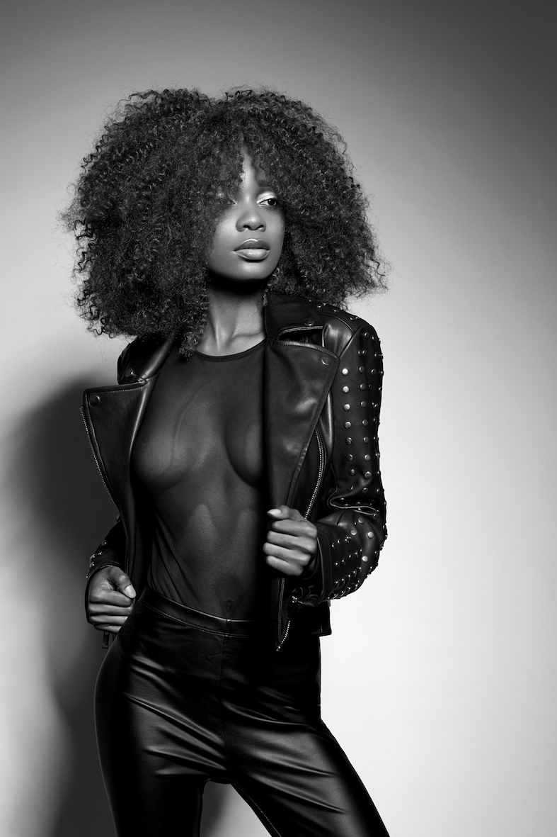 Balistarz-model-Irene-Hermes-black-and-white-portrait-shoot-in-a-leather-outfit