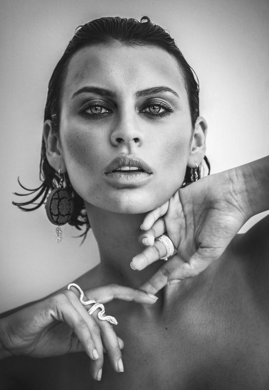 Balistarz-model-Irina-Kro-black-and-white-headshot-portrait-shoot-with-accessories