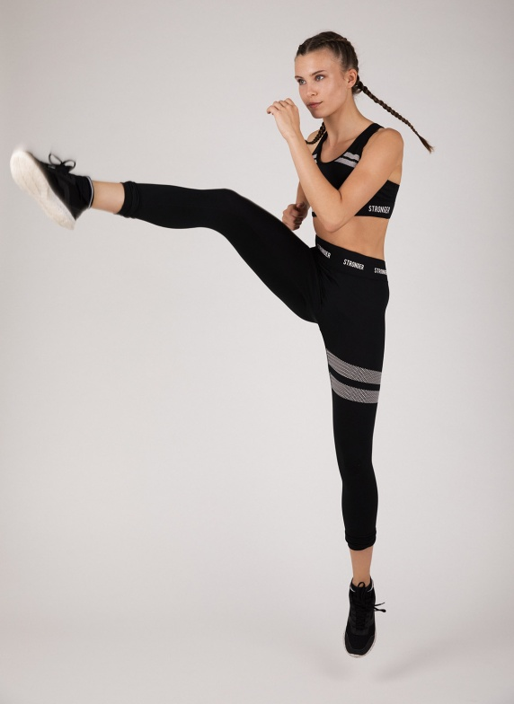 Balistarz-model-Jacqueline-Graba-sport-style-running-outfit