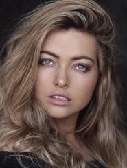 Jess Earle