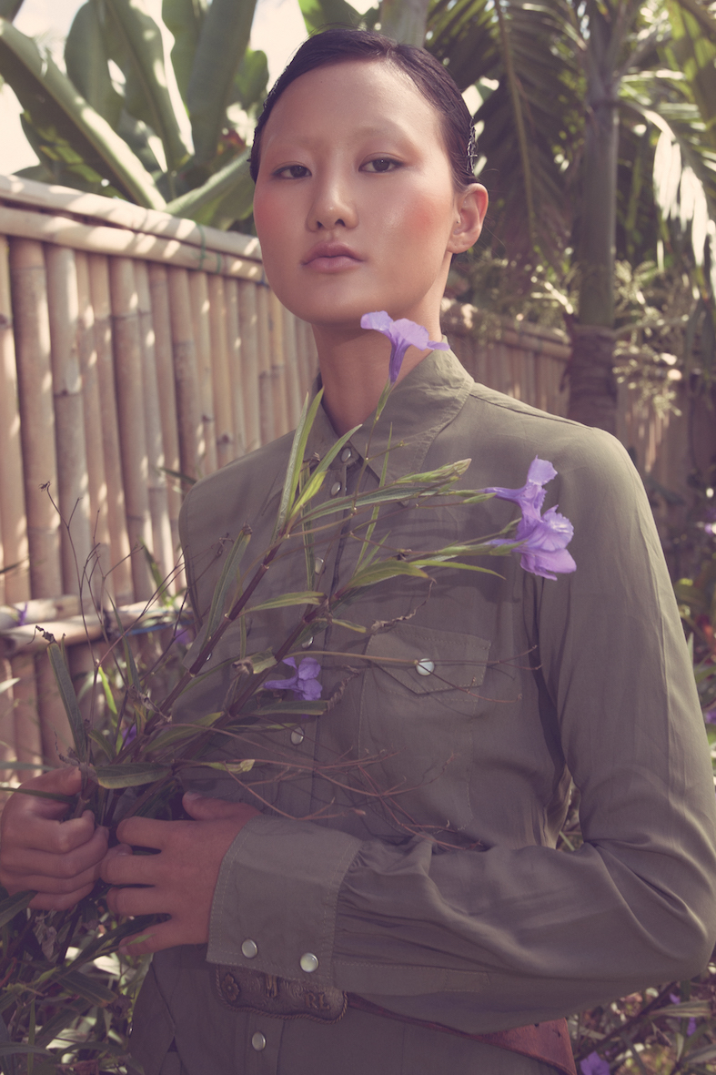 Balistarz-model-Jiji-Pyun-portrait-casual-shoot-with-a-purple-flower