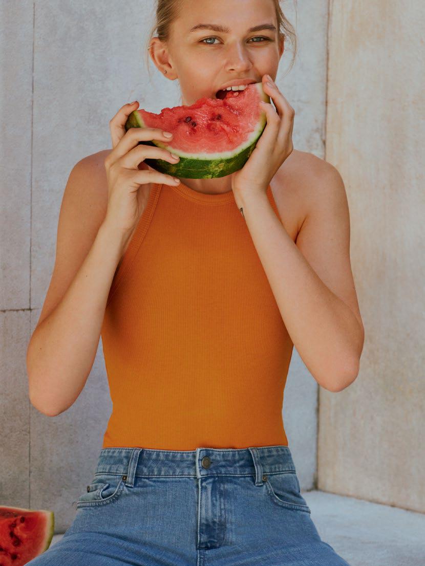 Balistarz-model-Josefine-Justesen-portrait-shoot-for-Ivy-Lookbook-eating-a-watermelon