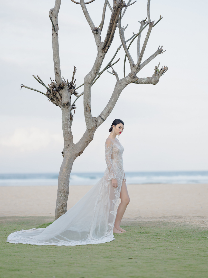 Balistarz-model-krista-Lunn-shoot-at-the-beach-featuring-white-bridal-gowns-for-wedding