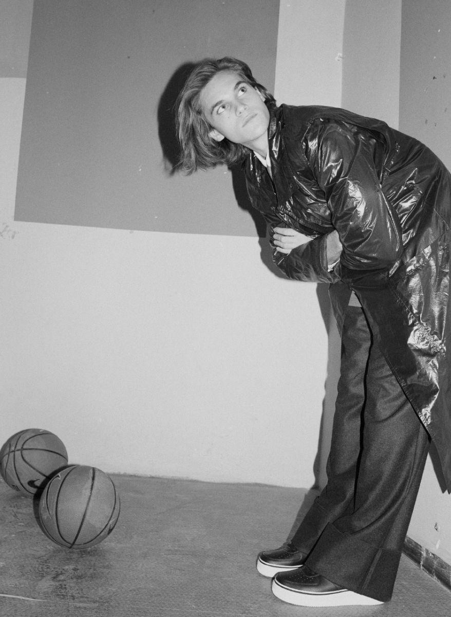 Balistarz-model-Miro-Gerede-black-white-fashion-shoot