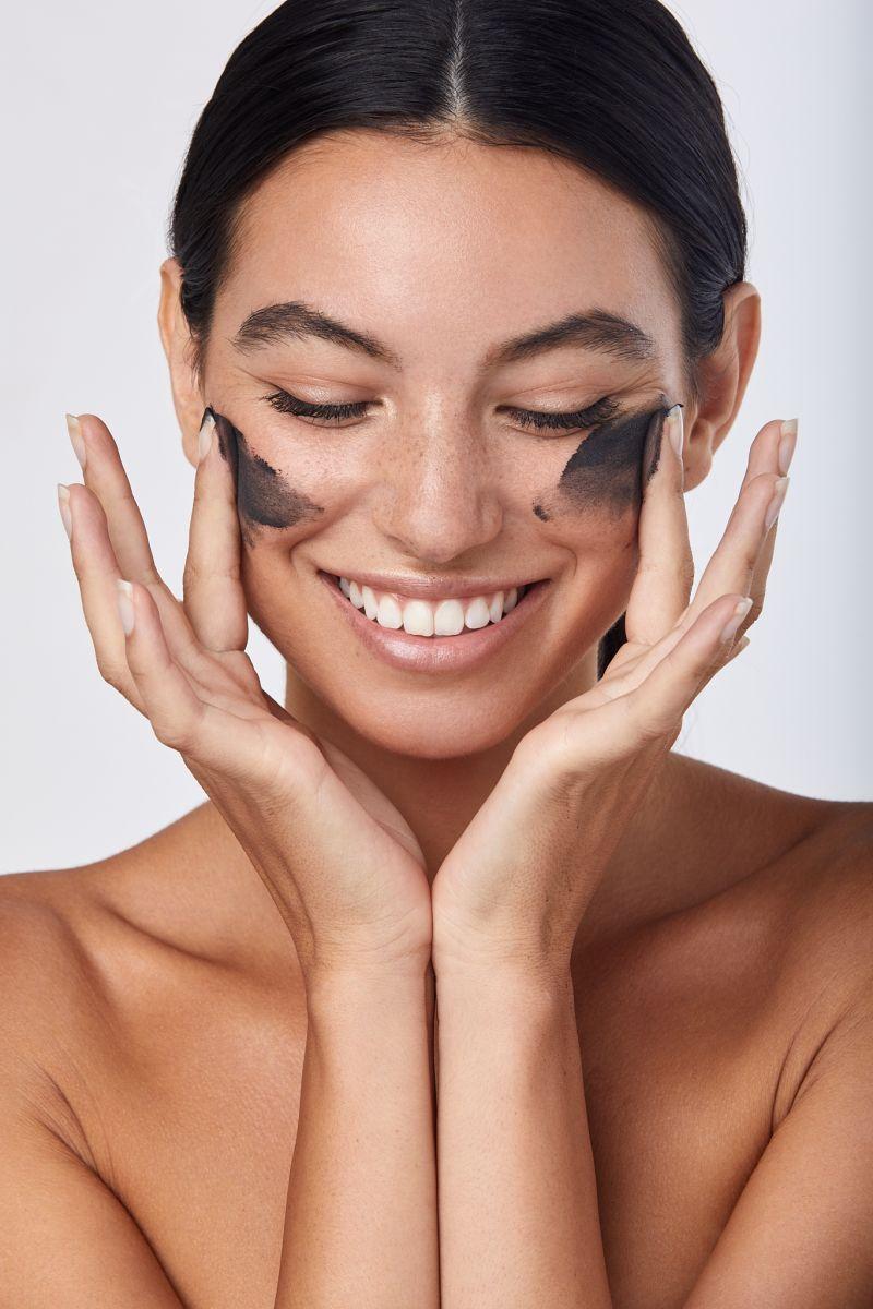 Balistarz-model-Laurel-Thoma-clean-shot-beauty-portrait-perfect-studio-lighting