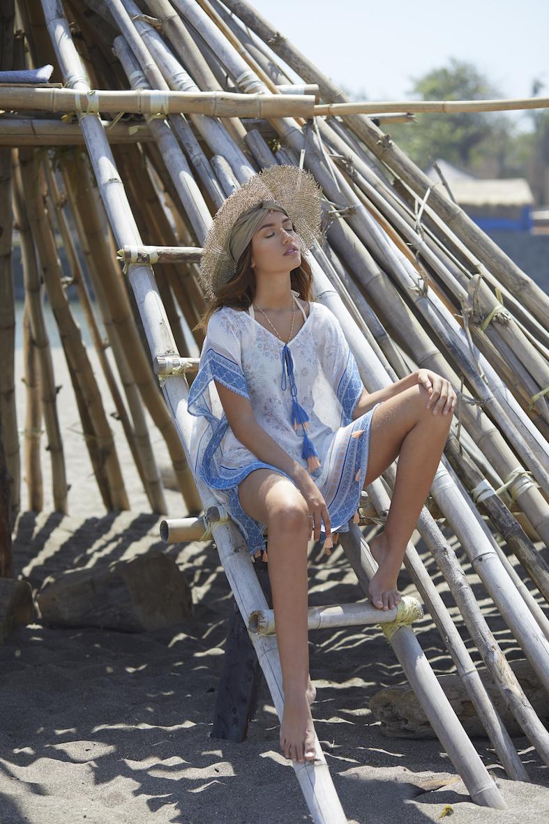 Balistarz-model-Lente-Hugen-fashion-shoot-near-the-beach-under-the-sun