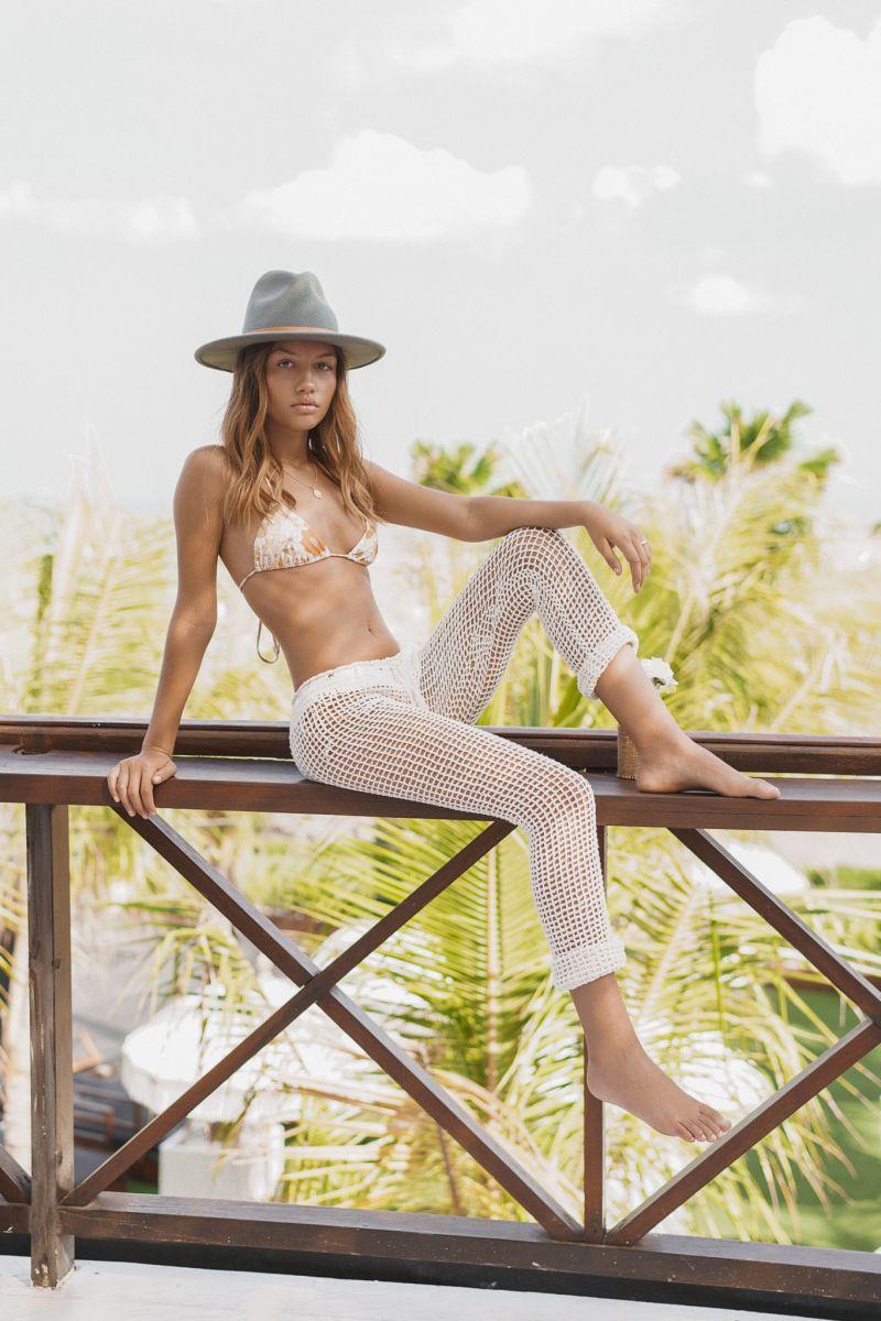 Balistarz-model-Lente-Hugen-lifestyle-shoot-outdoor-photo-session