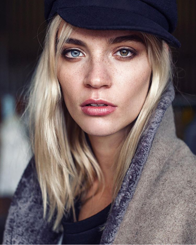 Balistarz-model-Liliya-Abraimova-headshot-shoot-coat-black-hat