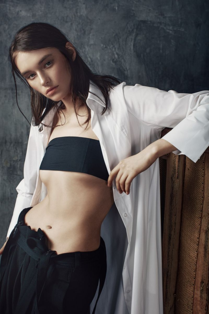 Balistarz-model-Lisa-Abbakova-portrait-shoot-white-button-up-shirt-with-black-pants