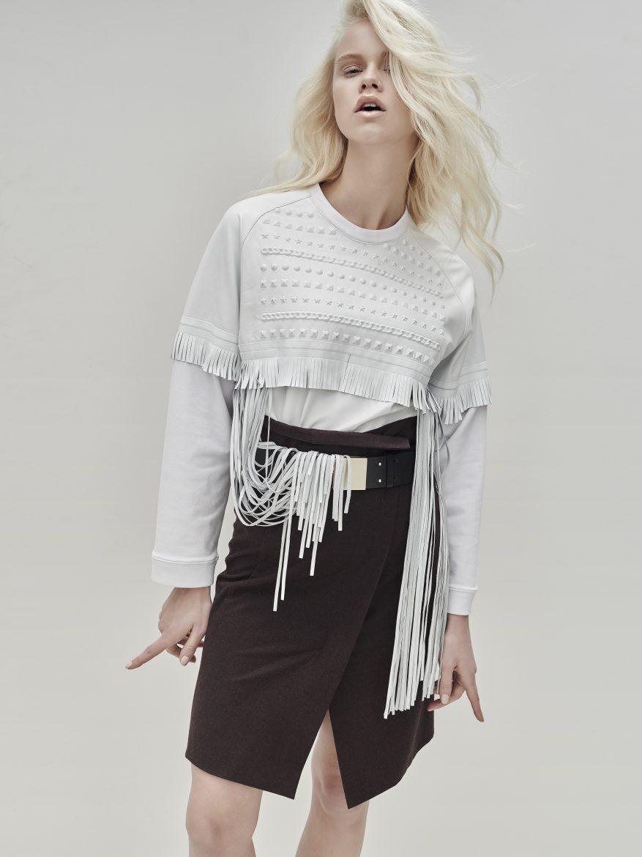 Balistarz-model-Lotte-Keijser-casual-portrait-white-shirt-black-skirt