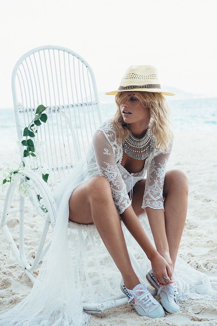 Balistarz-model-Louise-Mikkelsen-beach-session-showcasing-spell-bride-collection