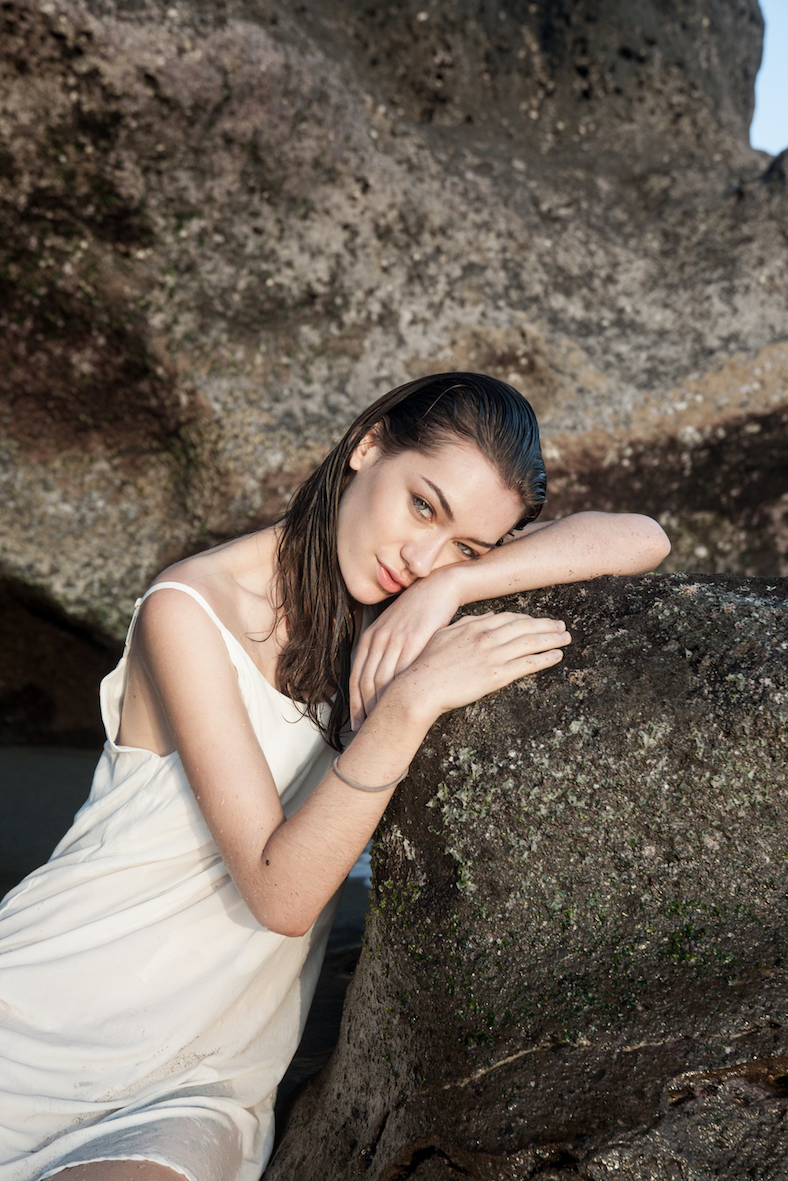 Balistarz-model-Macili-Massine-portrait-shoot-relaxing-on-a-rock-for-Marie-Cecile