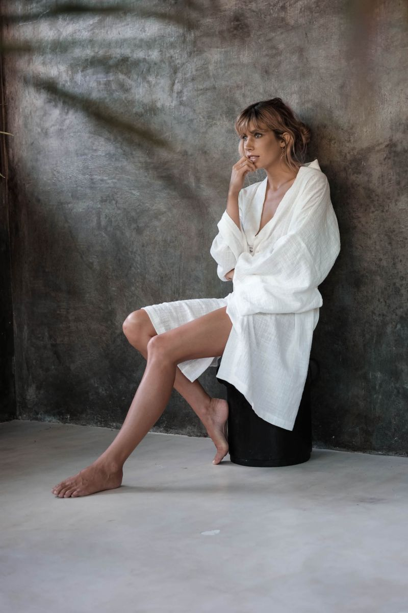 Balistarz-model-Madeline-Relph-feeling-comfortable-wrapped-in-her-white-bath-wear
