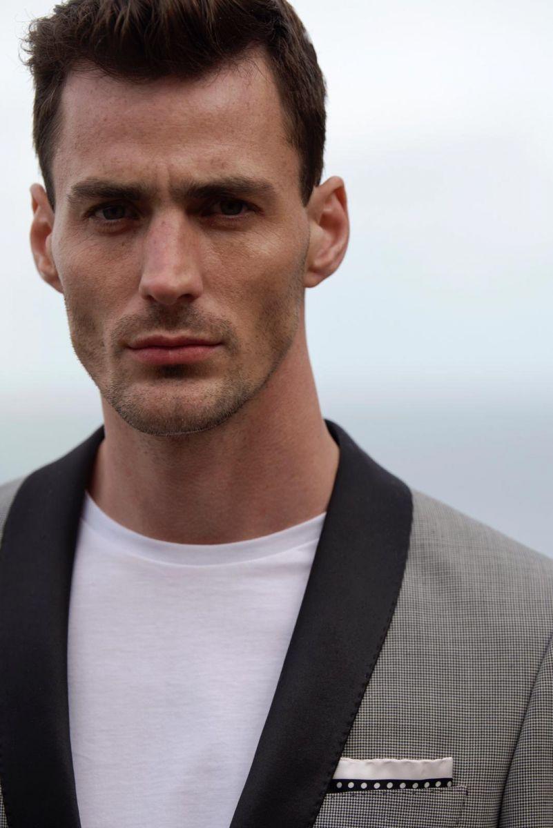 Balistarz-model-March-Deane-headshot-casual-shoot-black-white-suit