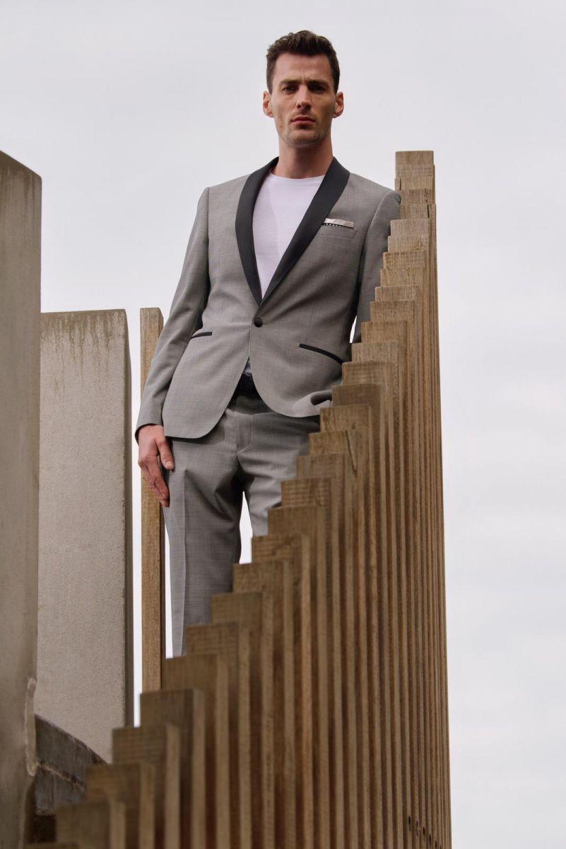 Balistarz-model-March-Deane-portrait-shoot-fancy-suit