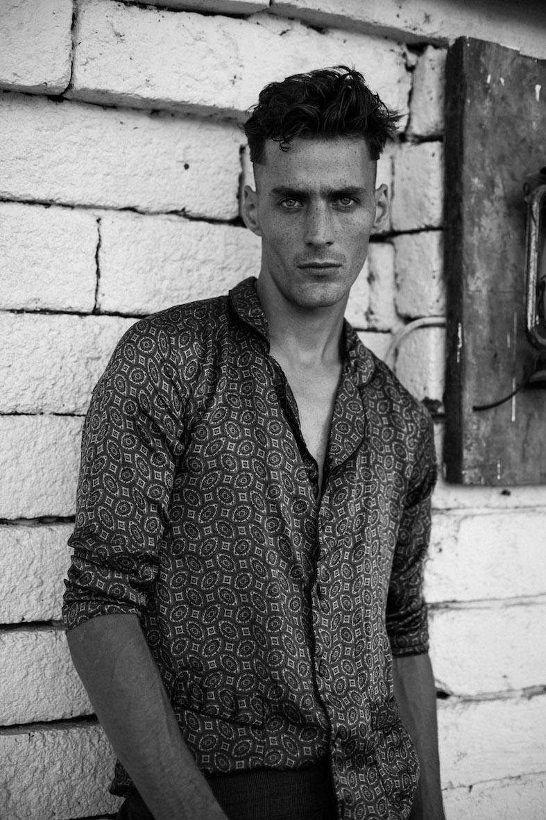 Balistarz-model-March-Deane-black-white-fashion-shoot-travel