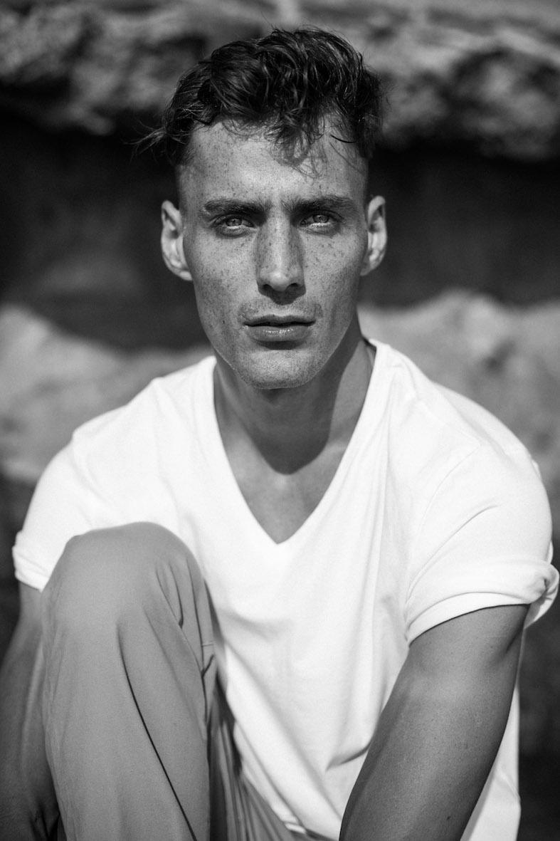 Balistarz-model-March-Deane-black-white-portrait-shoot-casual-clothing