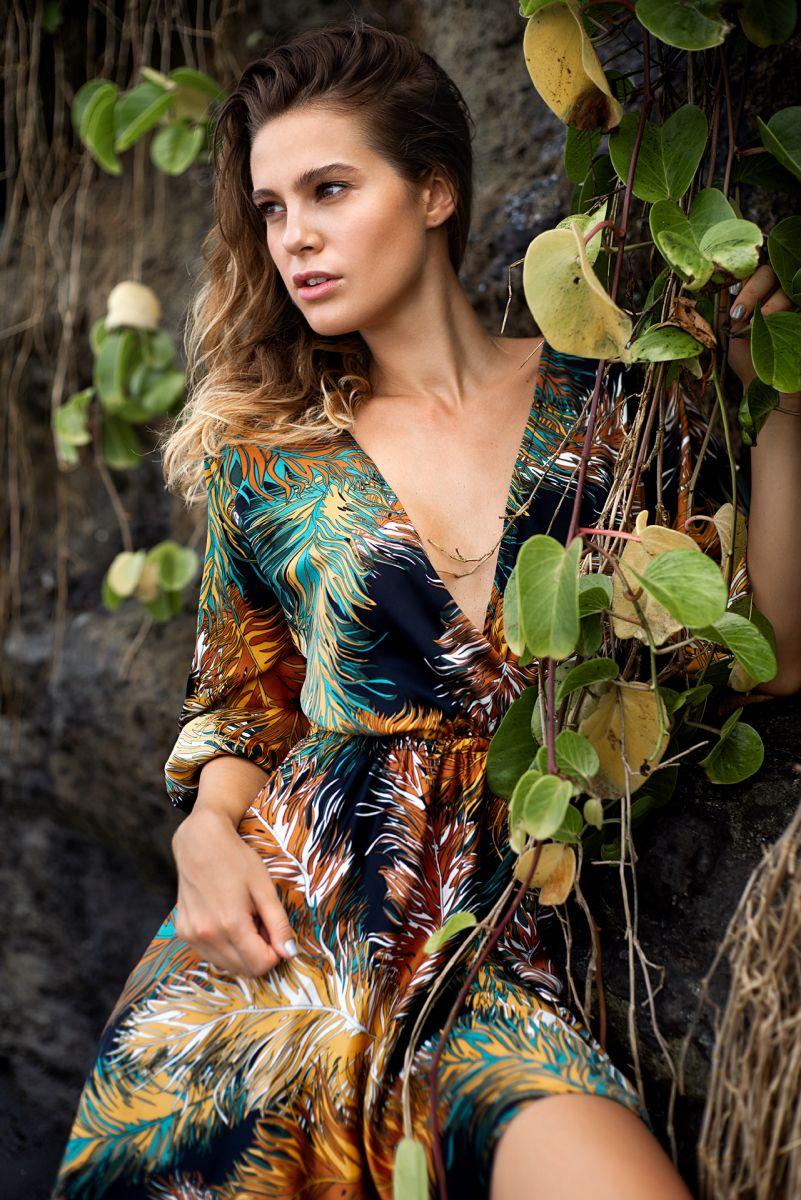 Balistarz-model-Maria-zaitseva-out-door-fashion-shot-wearing-nice-colourful-dress