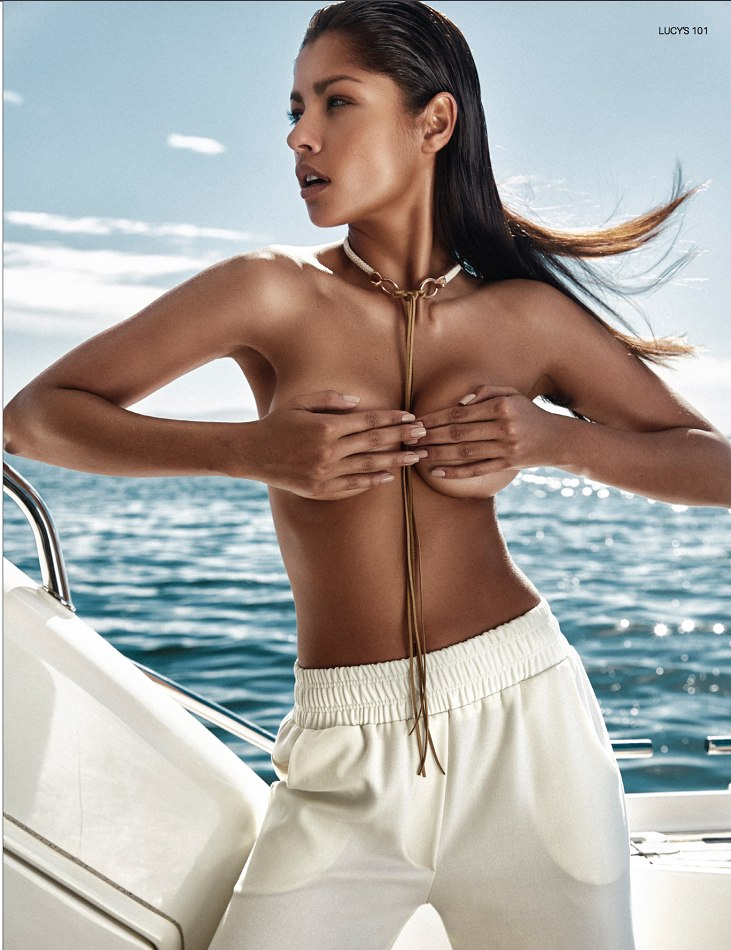 Balistarz-model-Mariana-Fernandes-portrait-boat-shoot-with-white-sweat-pants-with-a-choker